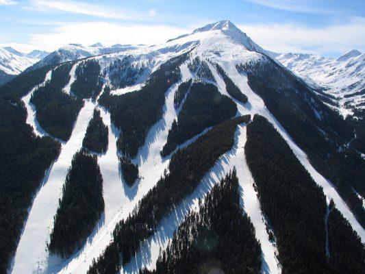 5 лучших горнолыжных курортов Болгарии