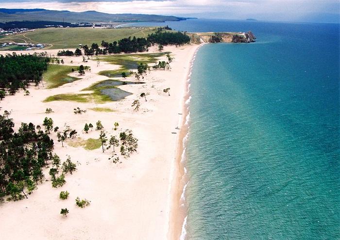 6 озёр России, где вам нужно побывать этим летом