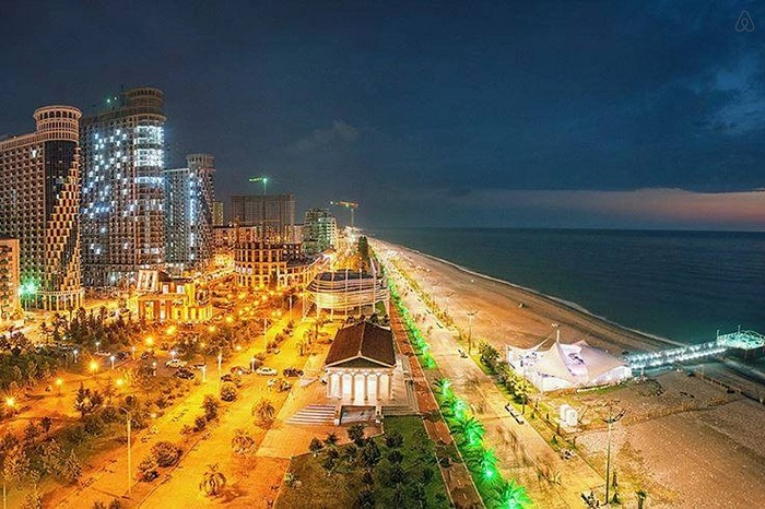 batumi-by-night