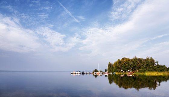 Лучшие озера России, где стоит отдохнуть после карантина