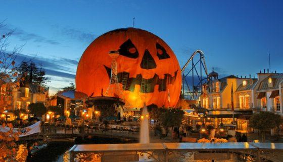 ТОП 5 мест в мире для празднования Хэллоуина!