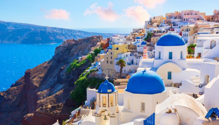 Греция разрешила въезд гражданам PФ